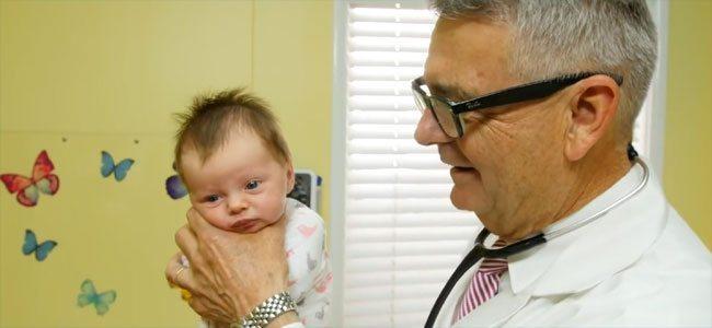 Πώς να σταματήσετε το κλάμα του μωρού σας σε 1 λεπτό! Επαναστατική μέθοδος!